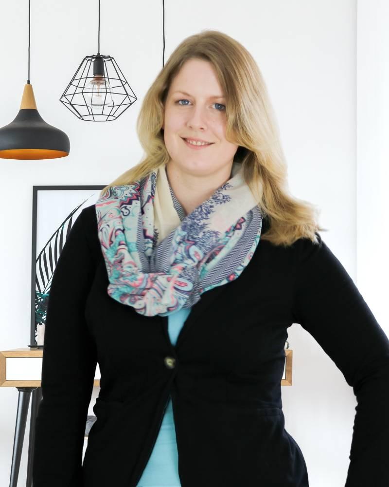 Die Ordnungsfee_Jennifer Fredewess Aufräumcoach und Ordnungscoach in Oldenburg Ordnungsexperte in Niedersachsen