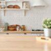 Hier erfährst du, wie du ein Ordnungssystem für deine Küche findest, das ganz zu dir und deiner Lebenssituation passt.